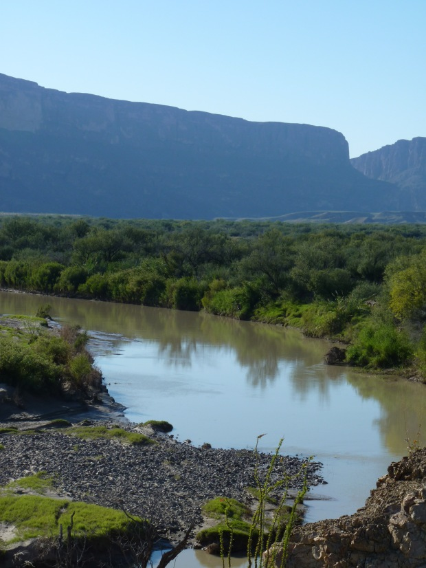 This is the Rio Grande, the river that is the border between Texas (on the right bank) and Mexico (on the left bank).