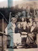 1931, group at Salmon Creek Dam